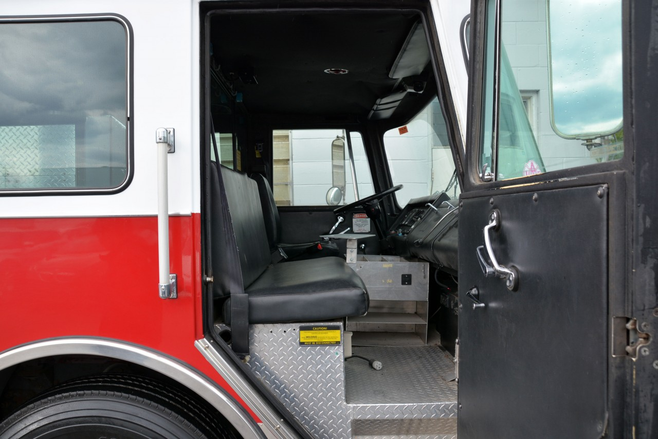 1990 Red Pierce Arrow Custom Rescue Pumper Fire Truck